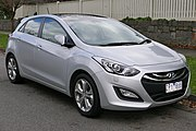 2013 Hyundai i30 (GD MY13) Premium 5-door hatchback (2015-07-03) 01.jpg