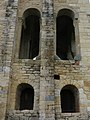 690 Santa María del Naranco (Oviedo), façana sud, finestrals.jpg
