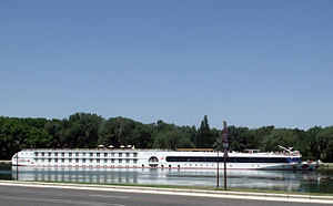 A-Rosa Luna (ship, 2005) 002.jpg