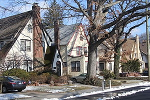St. Albans, Queens - Houses in Addisleigh Park