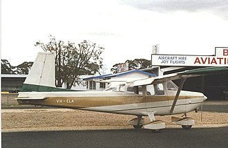 Aero Commander 100 - Aero Commander 100 at Bendigo, Victoria, Australia in March 1988