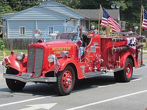 Ahrens-Fox Fire Engine Company - 1939 Ahrens-Fox engine
