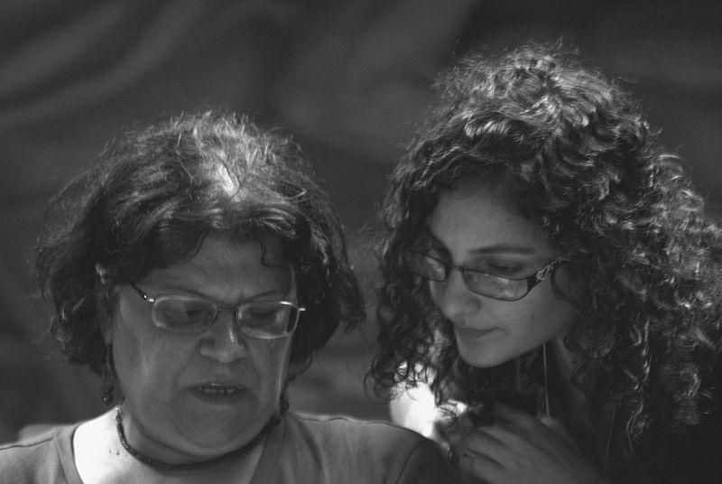 ملف:Aida Seif El Dawla and Mona Seif.jpg