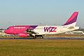 Airbus A320-232 'HA-LWN' Wizzair (12149011126).jpg