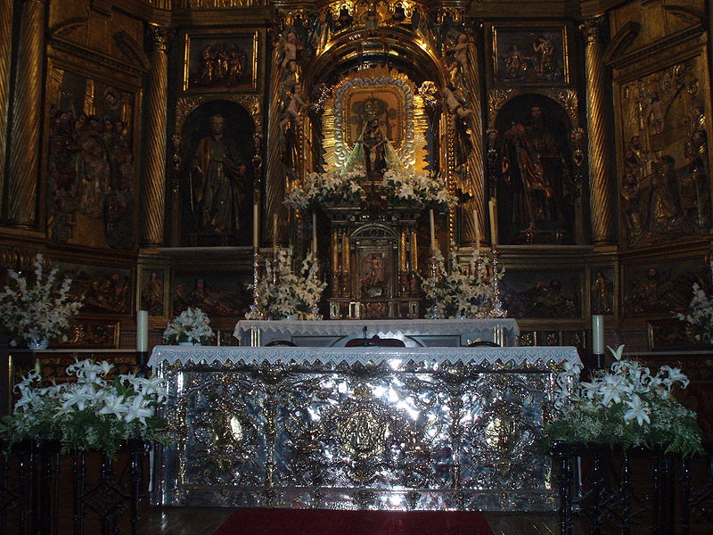 basilica-de-la-encina-altar