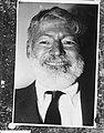 Amerikaanse schrijver Ernest Hemingway in het ziekenhuis, Bestanddeelnr 911-9627.jpg