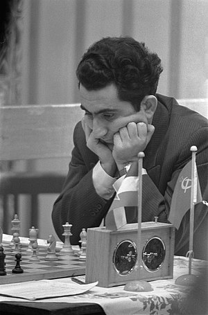 Tata Steel Chess Tournament - Tigran Petrosian, Hoogovens 1960