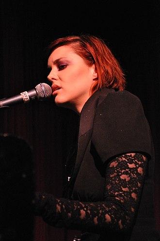 Anna Nalick - Anna Nalick performing at Hotel Cafe, Hollywood, California, USA on October 5, 2010