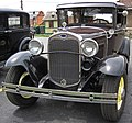 Antique car 4 (44864675294).jpg