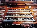 Antwerpen-Kiel, Christus-Koning (Klais-Orgel, Spieltisch) (9).jpg
