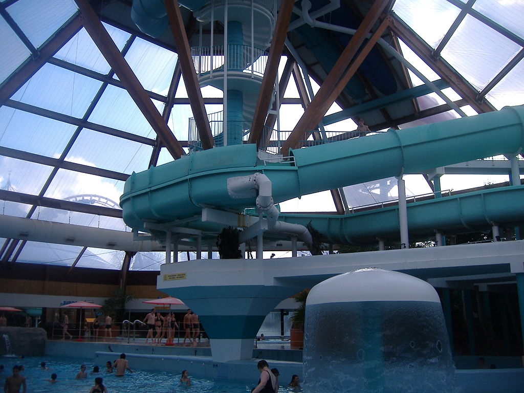 file aqualibi piscine principale jpg wikimedia commons ForPiscine Kb