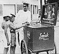 Argentina - 26. Vendedor de helados (1950).jpg