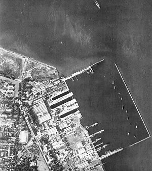 Menzel Bourguiba - The naval base, Arsenal Sidi-Abdellah in 1960