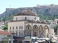Athen – Alte Moschee am Monastiraki-Platz - im Hintergrund die Akropolis - panoramio.jpg