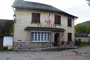 Aucazein - The Town Hall