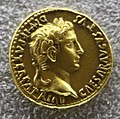 Augusto, aureo con gaio e lucio cesari, recto.JPG