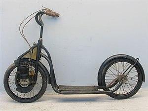 Motorized scooter - Image: Austro Motorette 82 cc two stroke 1922