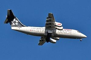 Avro RJ100 (Swiss) 2012-04-01 14-53-41 HB-IYU.jpg