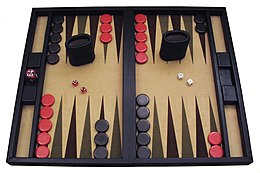 Un set di backgammon moderno