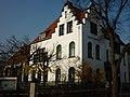 Bad Godesberg, Gemeindehaus der Evangelischen Erlöser-Kirchengemeinde, 2011.jpg
