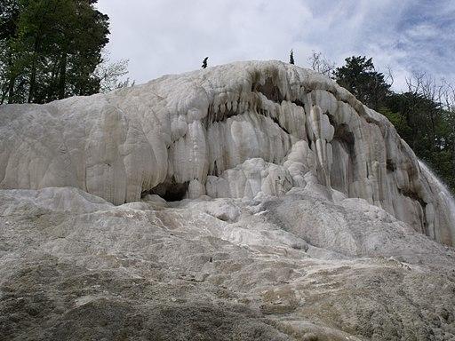 La cascata della balena bianca, Terme Bagni San Filippo, Castiglione d'Orcia