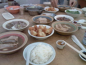 Bak kut teh - A meal of bak kut teh served with youtiao.