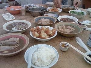 Bak kut teh - A meal of bak kut teh served with youtiao.