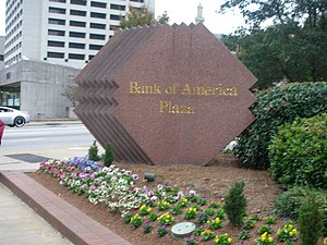 Bank of America Plaza (Atlanta) - Image: Bank of America Atlanta 2