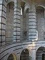 Baptisteri de Pisa, interior.JPG
