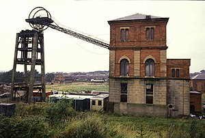 Winding engine - External pithead gear and the winding engine house
