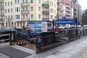 Birkenstraße (Berlin U-Bahn) - Entrance to the station