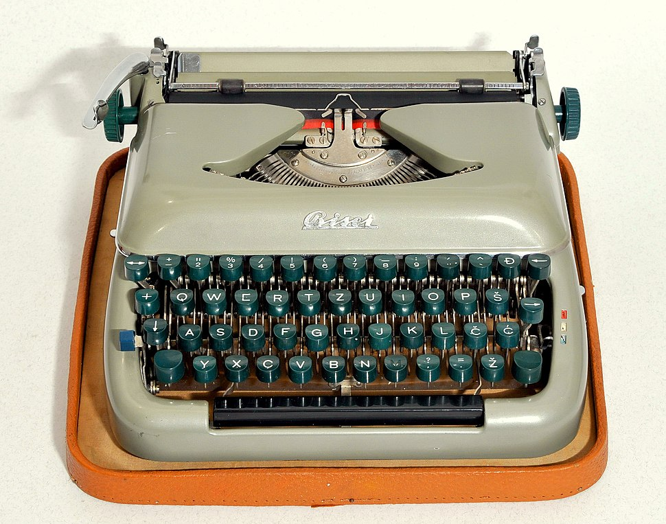 Biser typewriter with Latin letters 02