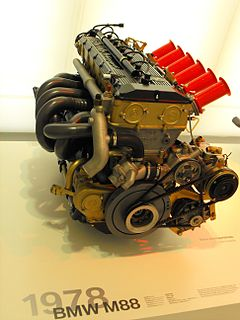 inline 6-cylinder piston engine
