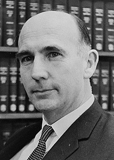 Bob Ellicott Australian lawyer, politician and judge