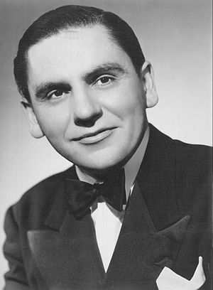 Bob Hawk - In 1942