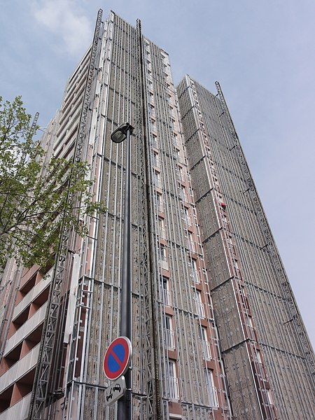 Bobigny, une rue verticale... travaux de renovation
