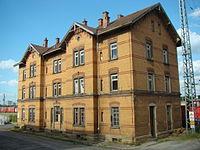 Boeckingen-bahngebäude-2015-001.JPG