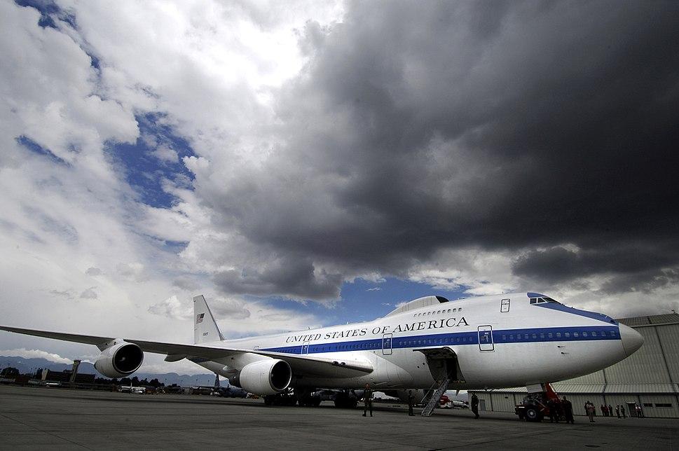 Boeing E-4B in Bogota