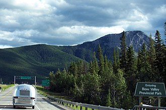 Bow Valley Provincial Park - Entering the Bow Valley park