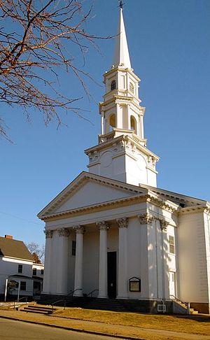 Bradford, Massachusetts - Bradford's First Church of Christ, facing the common
