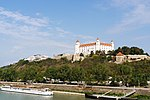 Bratislava New Bridge Castle-02.jpg