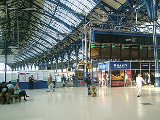 Brighton railway station - Station concourse