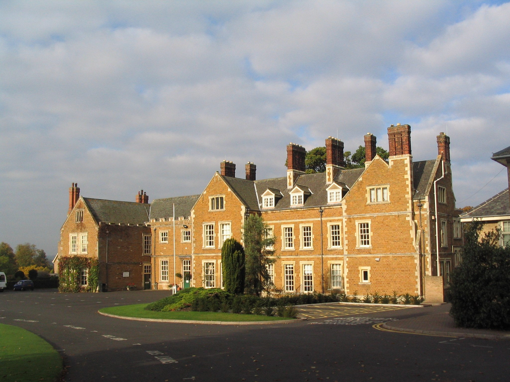Brooksby Hall - geograph.org.uk - 584614