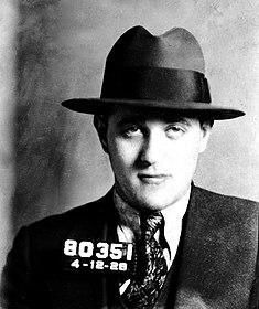Багси Сигел в 1928 году