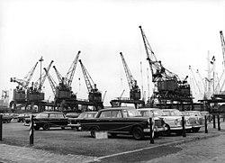 Bundesarchiv B 145 Bild-F012896-0007, Bremen, Hafen.jpg