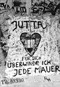 Bundesarchiv Bild 183-1990-0405-004, Berlin, Liebeserklärung auf Mauer.jpg