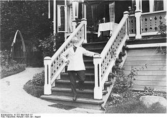 Hans Dahl - Hans Dahl at Villa Strandheim