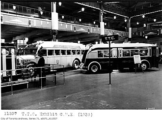 Gray Coach - Livery of a 1936 Gray Coach Lines bus (left) and TTC bus (right)