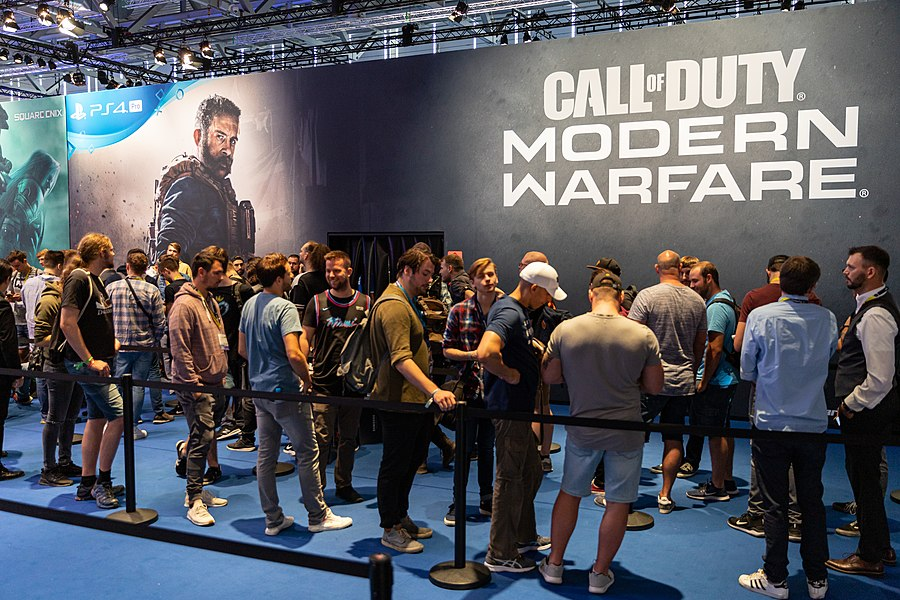 Call of Duty Modern Warfare Gamescom 2019 (48605842367).jpg