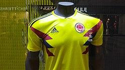 56eb6c59e68c Camiseta Adidas de la Selección Colombia en el Mundial de Rusia 2018.